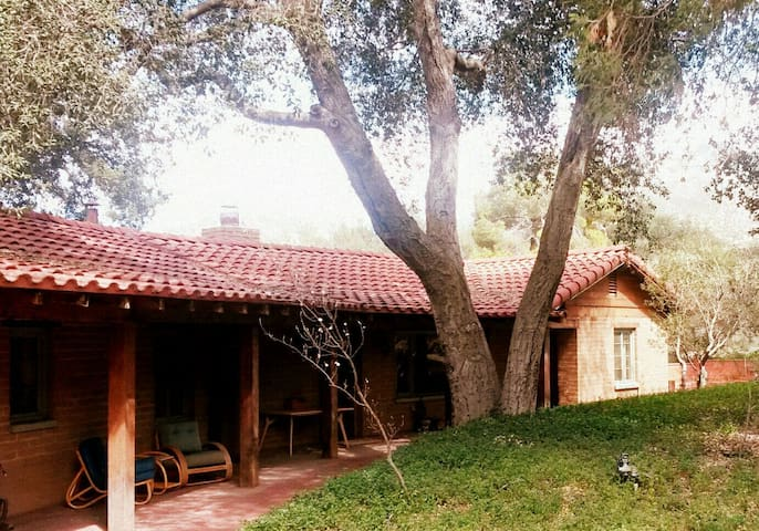 Peaceful, Historical Adobe Home - Warner Springs - Hus