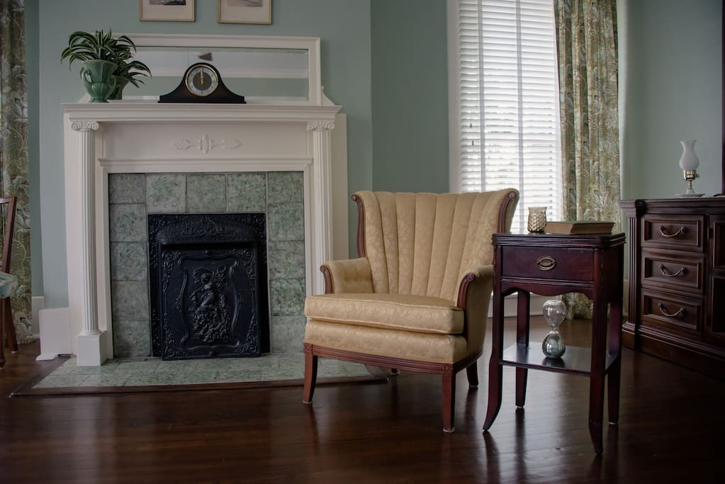 May Oak room