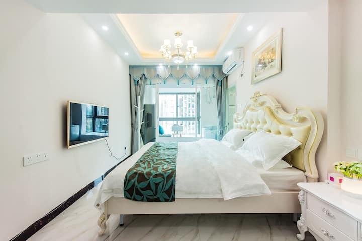 宁静致雅欧式舒适大床房带厨房/洗衣机