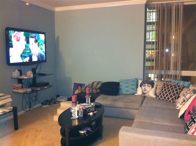 Wilshire Corridor-Luxury Apt/Condo