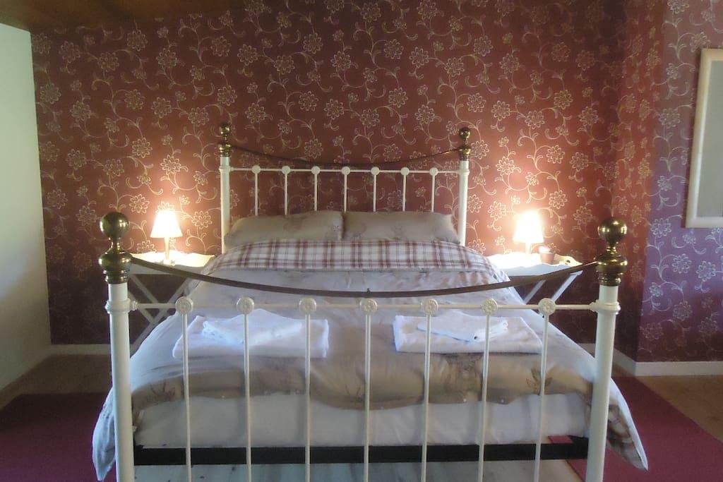 Bedroom 2 - sleeps 4