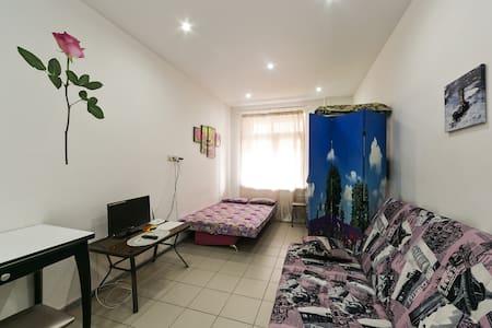 Квартира в Зелёном бору - Лесные Поляны - 公寓