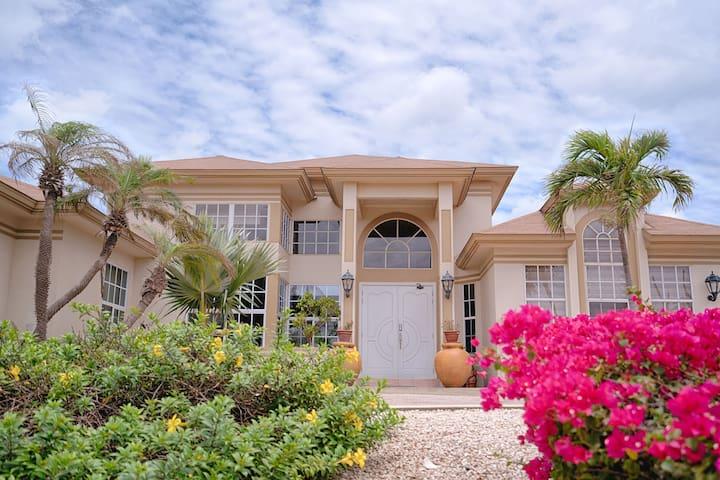 Aruba Villa Tropical - Noord - Villa