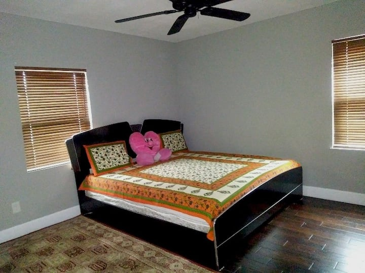 Gorgeous Bedroom available