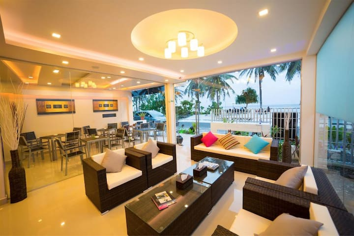 AFFORDABLE LUXURY... - Hulhumale - Bed & Breakfast