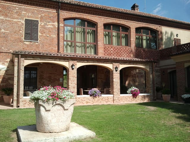 B&B La Sergiunga del Monferrato - Casorzo - Bed & Breakfast