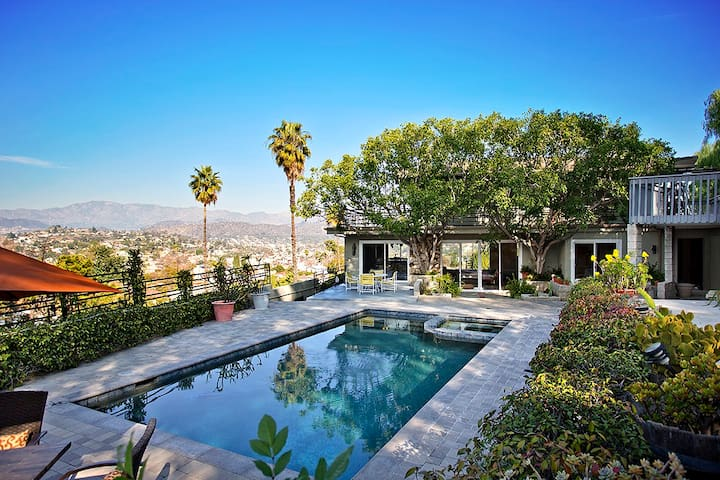 Private Pool House with Amazing Views! - Los Angeles - Lejlighed