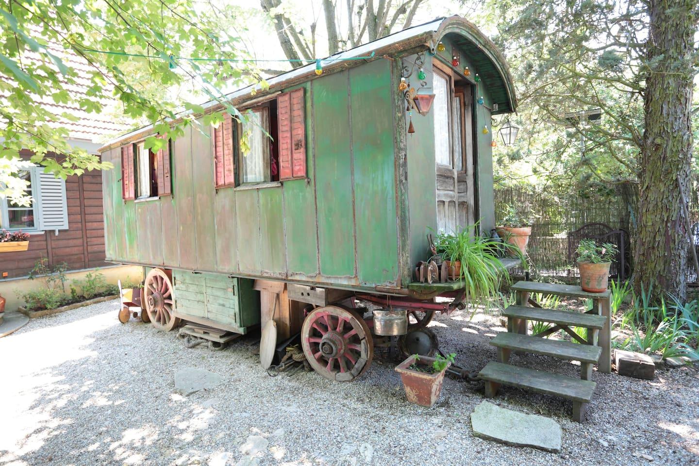 Antic gypsie car very original