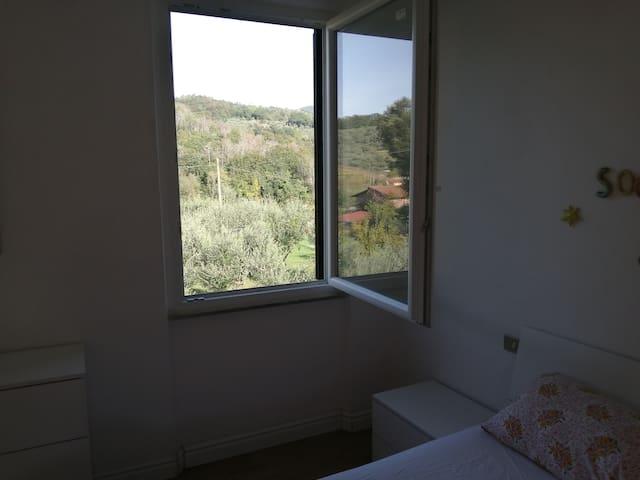Vista dalla camera da letto View from the sleeping room