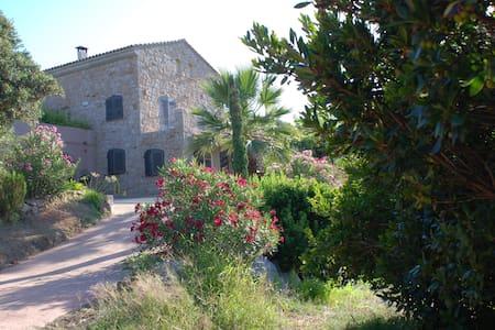 Un havre de paix en Corse du Sud - Belvédère-Campomoro