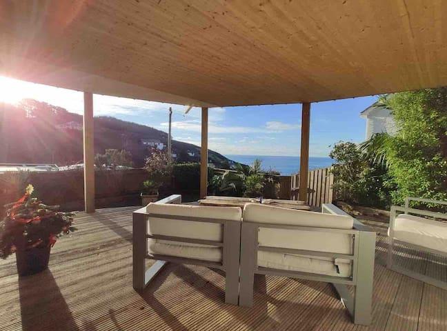 Beautiful private coastal retreat, full sea views