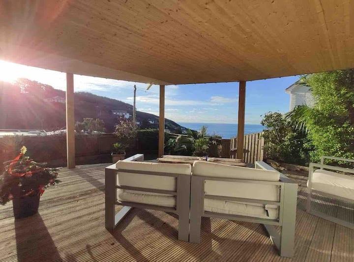 Beautiful private coastal retreat, full sea views.