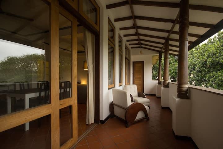 Unique Leafy Stylish Loft - Prime Colombo Location