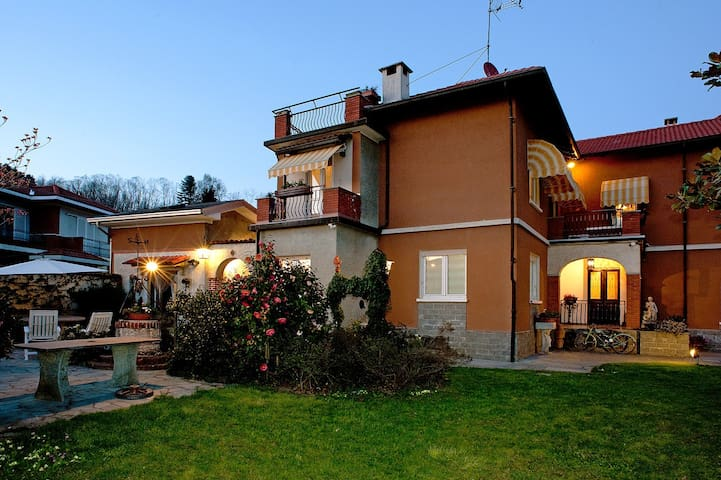 Le Coccinelle B&B - Grignasco - Bed & Breakfast
