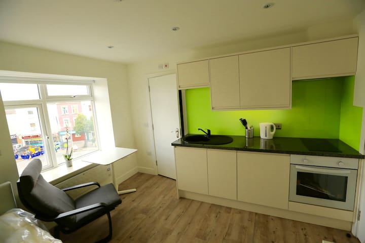 bristol central studio apartment - Bristol - Apartment