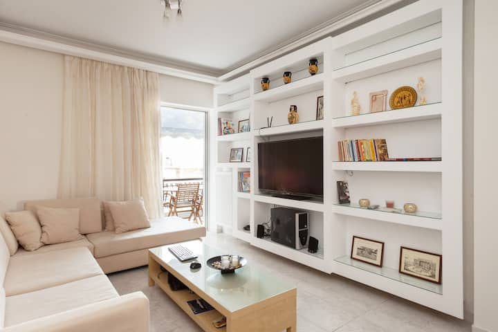 2 bedrooms flat in Athens