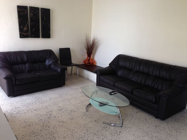 Double Bedroom + Barbeque Terrace - Gzira