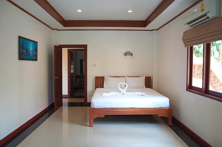 2-bed Apartments 1-st floor Deluxe b