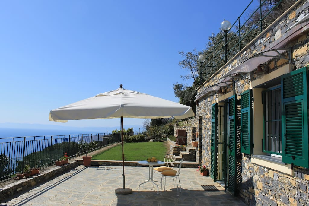 Stanza privata e terrazza / private room and terrace