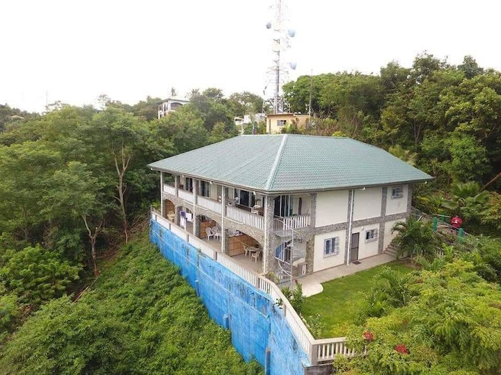Roger´s Residence in Puerto Galera, Philippines