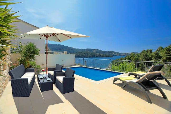 Holiday Home With A View - Tudorovica/Vela Luka