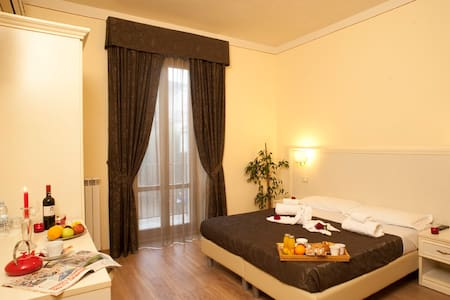 Bed &Breakfast tra Arezzo e Siena - モンテサンサヴィーノ