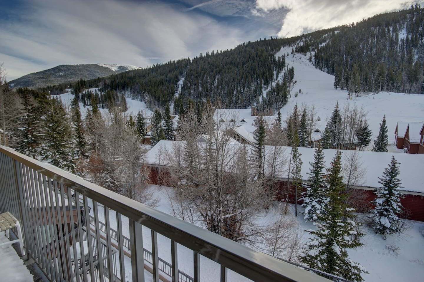 Enjoy watching the skiers from the balcony