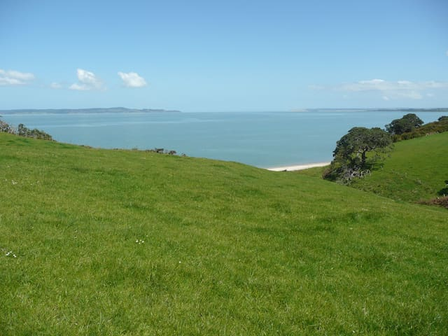 Private Headland, Waterfront farm - Tapora - Chatka
