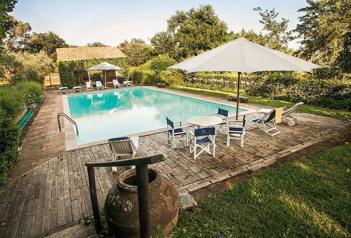 35 mins from Rome centre - Private Swimming Pool