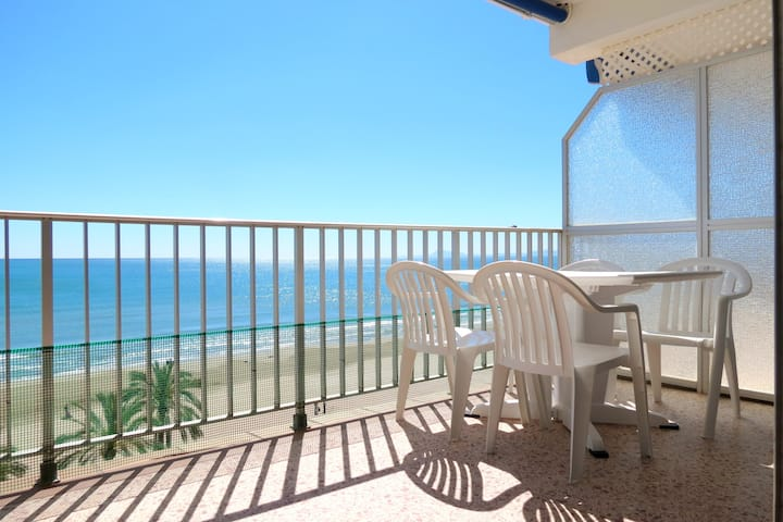 Cullera-Apartamento con vista directa al mar