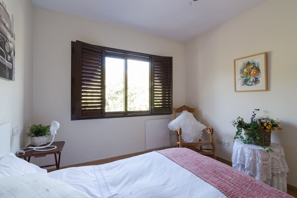 Dormitorio cama 1,50 cm.-