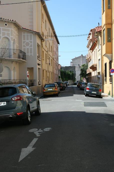 Centre-ville rue calme