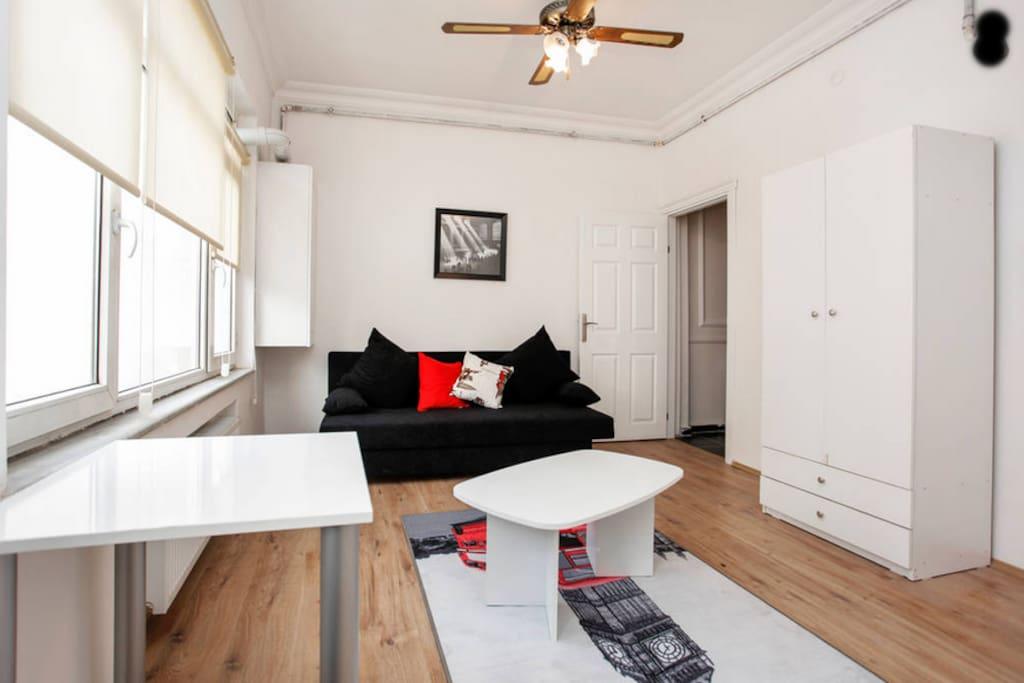 Luxury cosy stud o flat w th balcon appartamenti serviti - Divano di istanbul ...