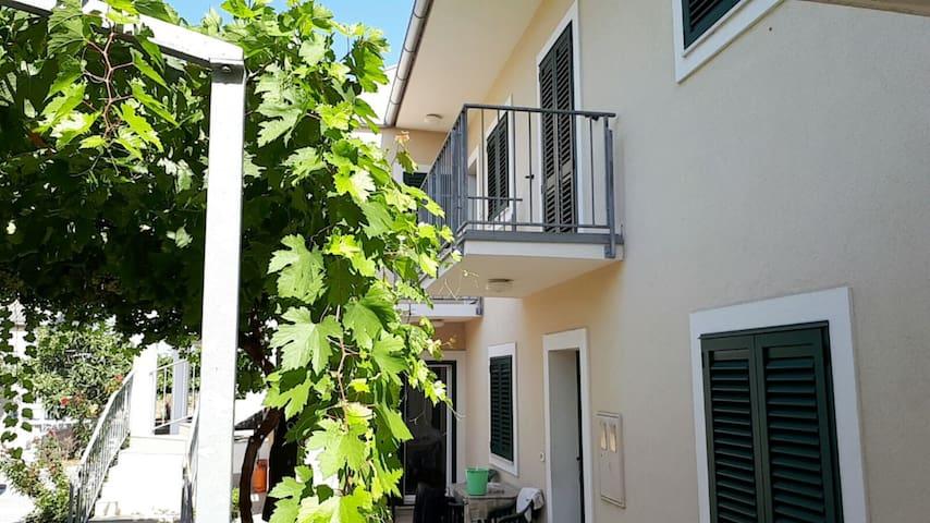Delux Apartment in Betina