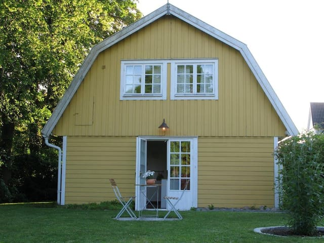 Own house / cottage with parking - Gothenburg - Hus