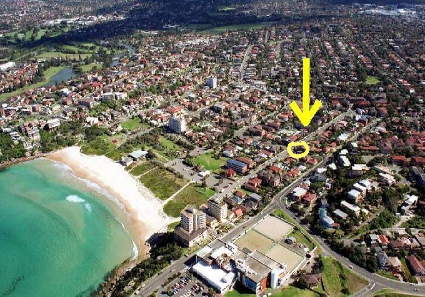 House near beach - flat walk