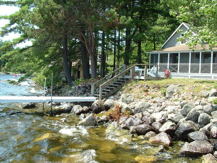 Charming Shorefront Cottage on  Sebago Lake