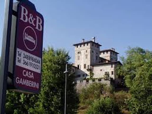 "Bed and Breakfast ""Casa Gamberini"""