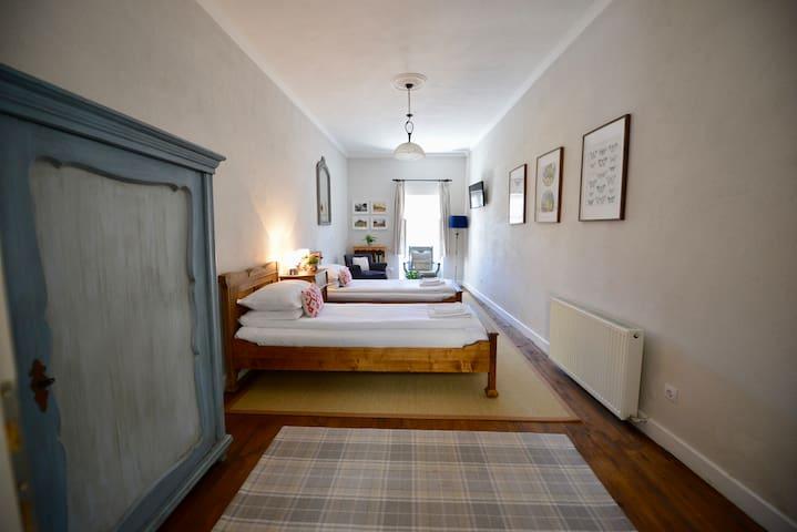 Augustus Apartaments - Twin Apartment