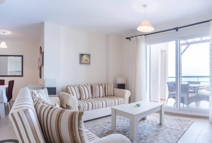 Bliss 3 bedroom Penthouse & Jacuzzi