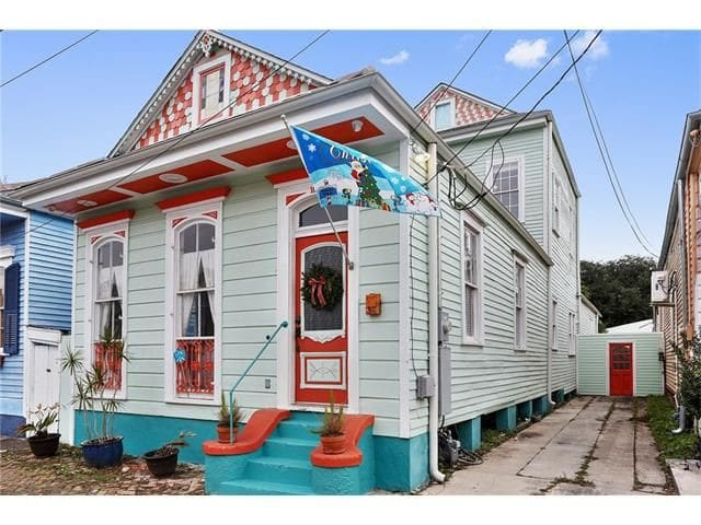 Historic Bywater Home: 3-bed, 3-bath + parking ! - Nueva Orleans - Casa