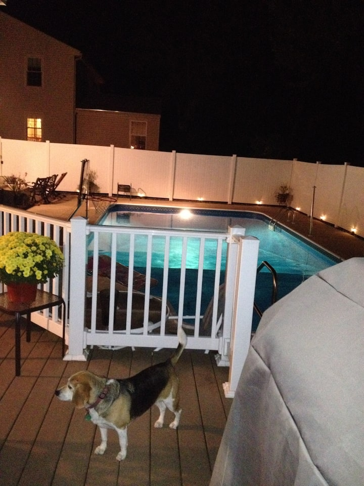 4 BR House w/Heated Inground Pool, Cumberland ME