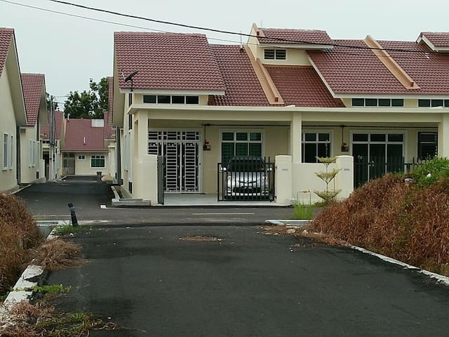 ASR HOMESTAY AND GUESTHOUSE MERSING