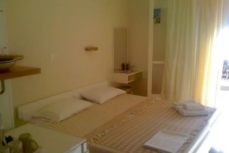 """""""Erato"""" Room @Vasiliki Lefkada Island Ionion Sea - Vasiliki - 公寓"""