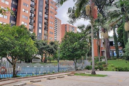 Habitación en Unidad Parques de Santa Catalina