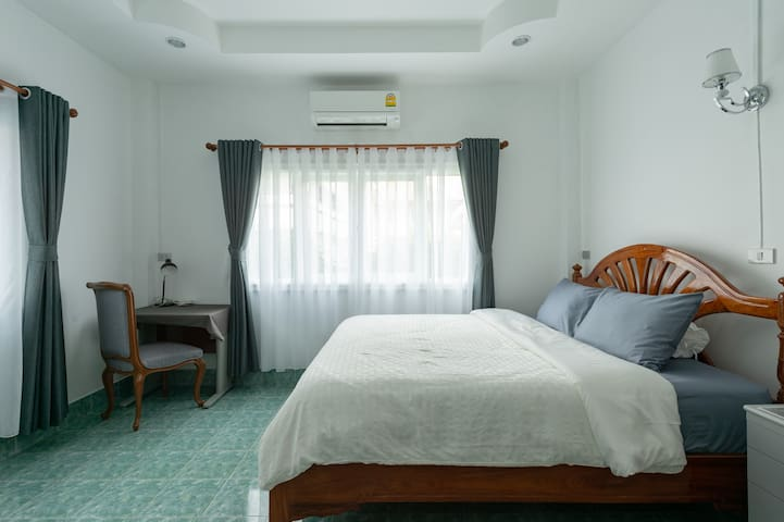 Room is 19 sq.m with air condition & private bathroom. Internet WiFi.