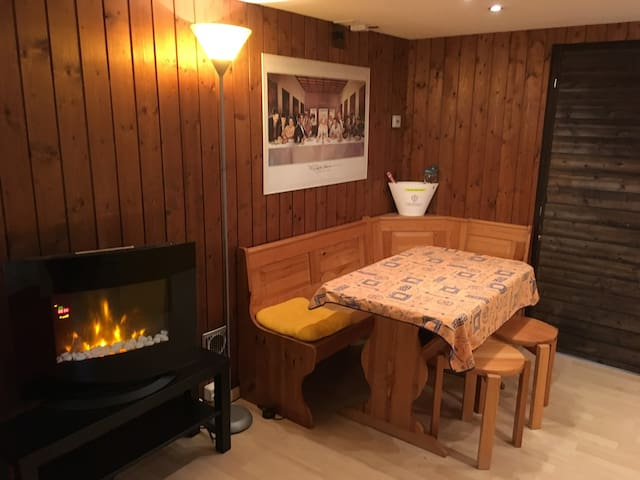 Bijouswiss - The Yellow House, (Oberterzen), 2-room appartement with sauna