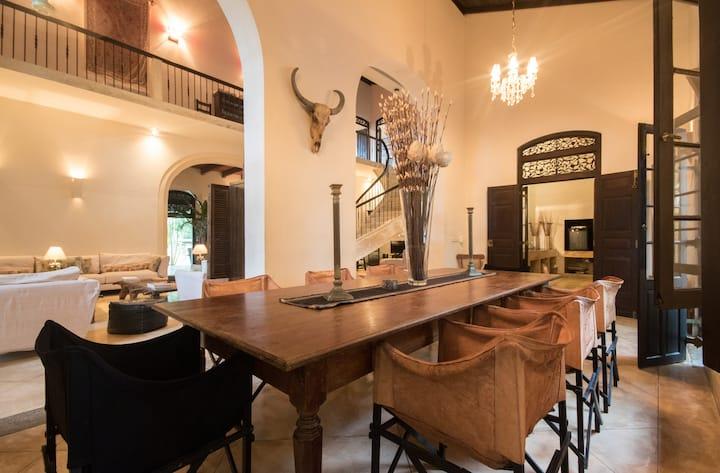 Galle Henna Estate, comfy room - A/C