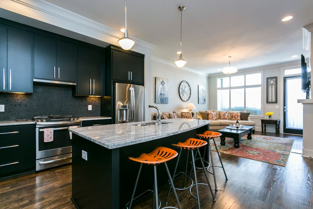 Open floor plan downstairs - perfect for gathering together!