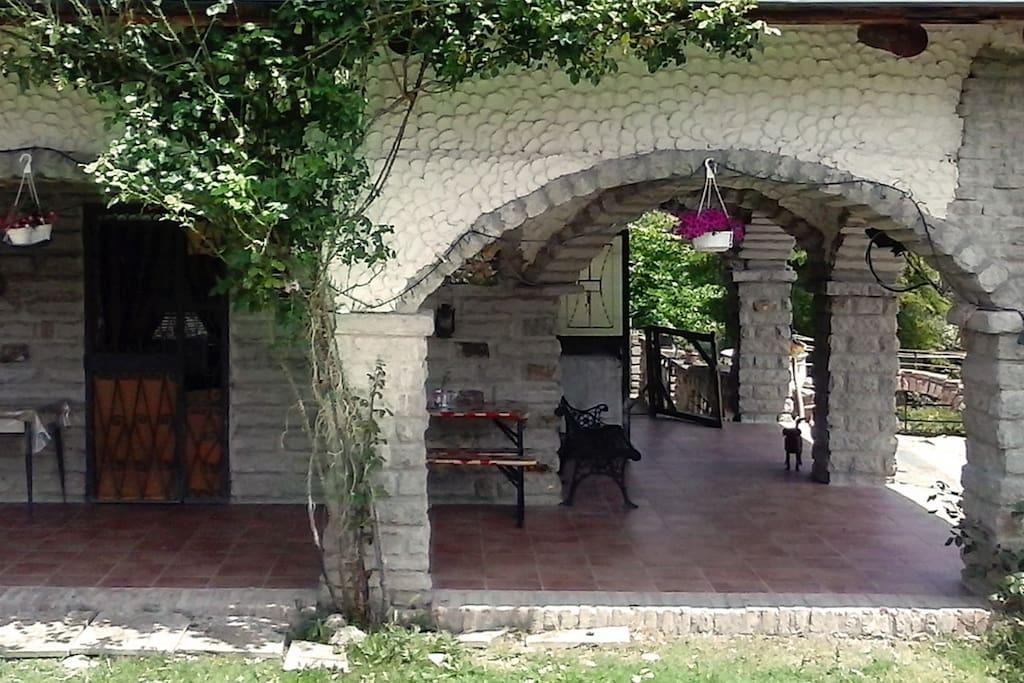 Portico e Giardino